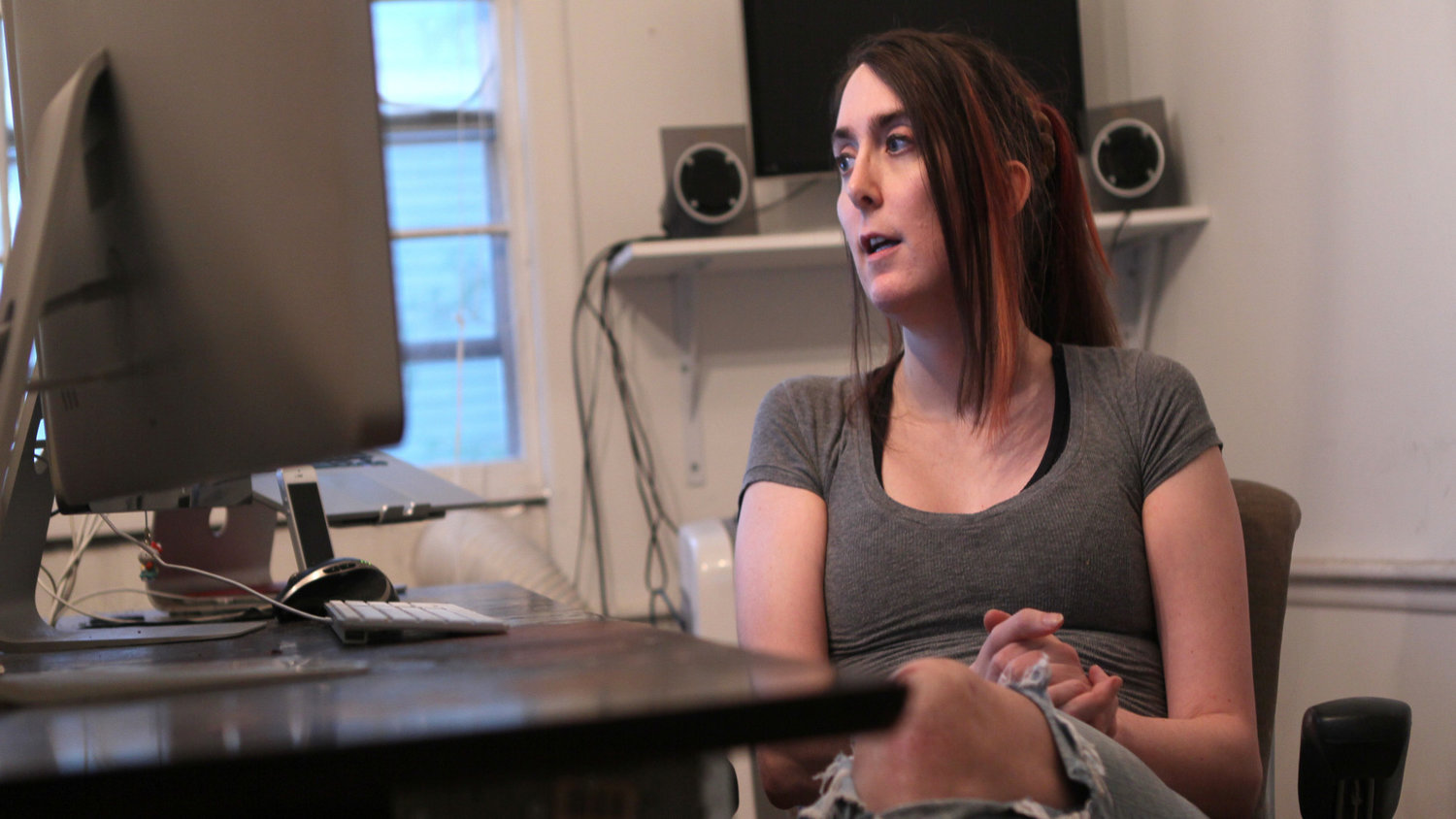 ARLINGTON, MA - OCTOBER 21: Brianna Wu, software engineer and the found of Giant Spacekat, which makes games with female protagonists. Wu is one of three woman targeted for abuse and death threats by the gaming community after posting online about the misogony in the gaming industry. (Photo by Joanne Rathe/The Boston Globe via Getty Images)